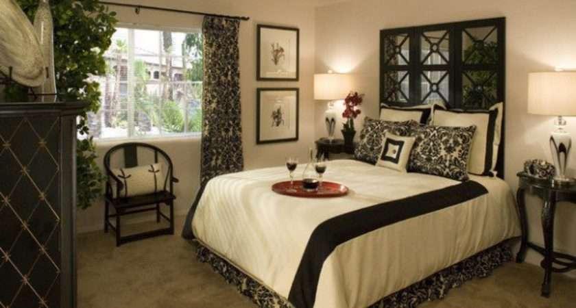 Elegant Black White Bedroom Design Ideas Style