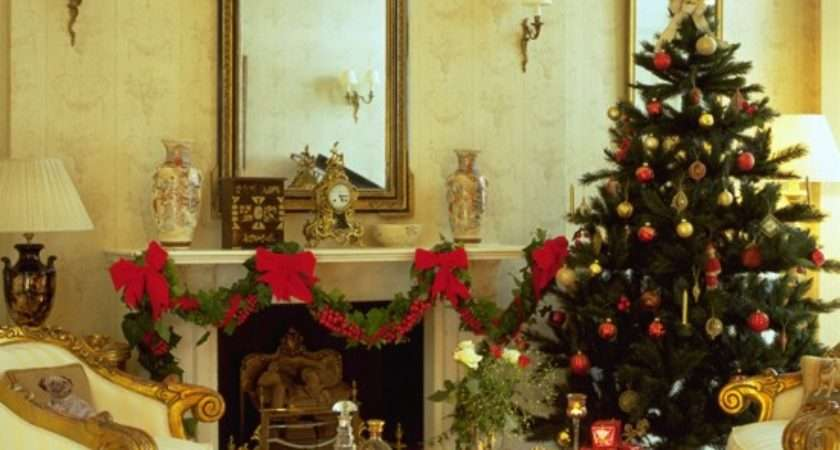Elegant Christmas Living Room Decorating Ideas