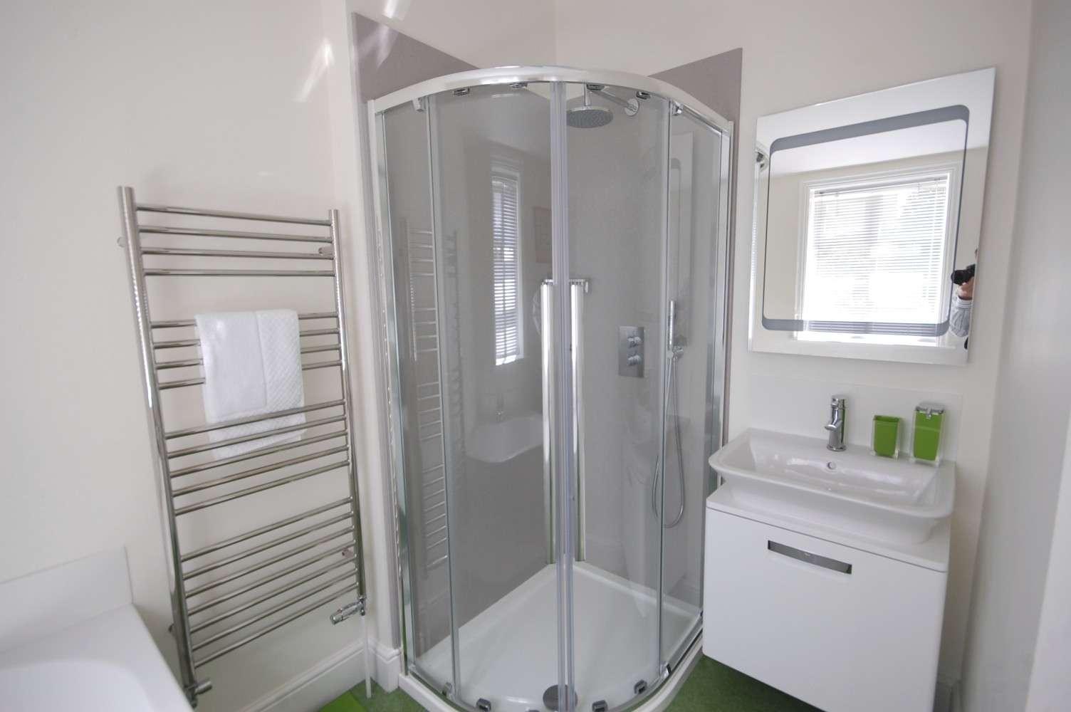 Ensuite Bathroom Industry Standard Design