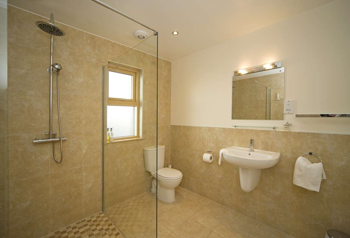 Ensuite Bathroom Interior Design Functional Home Designs