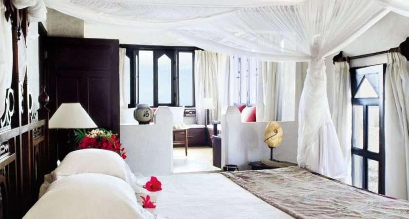 Exotic Bedroom Claudio Modola Architectural