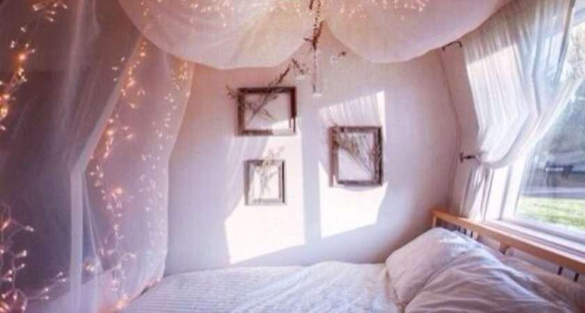 Fairy Lights Bedroom Design Ideas Decoredo