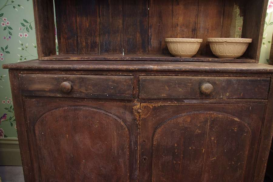 Farmhouse Kitchen Dresser Stalking Cat Antiques Macedon
