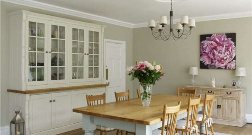 Farrow Ball Paints Clunch Wimbourne White Pale Powder All