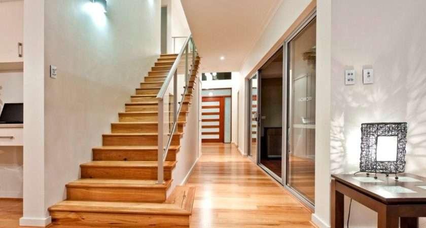 Feature Staircase Opposite Alfresco