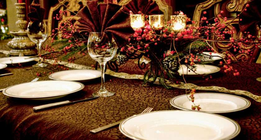 Few Small Simple Quick Handy Tips Dress Your Dining Table