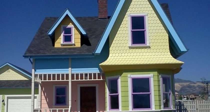 Fictional Houses Can Move Into Mental Floss