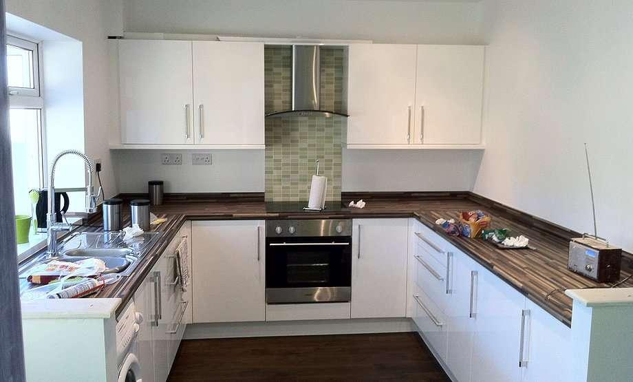 Fix Kitchens Edrooms Flooring Timber Decking Doors