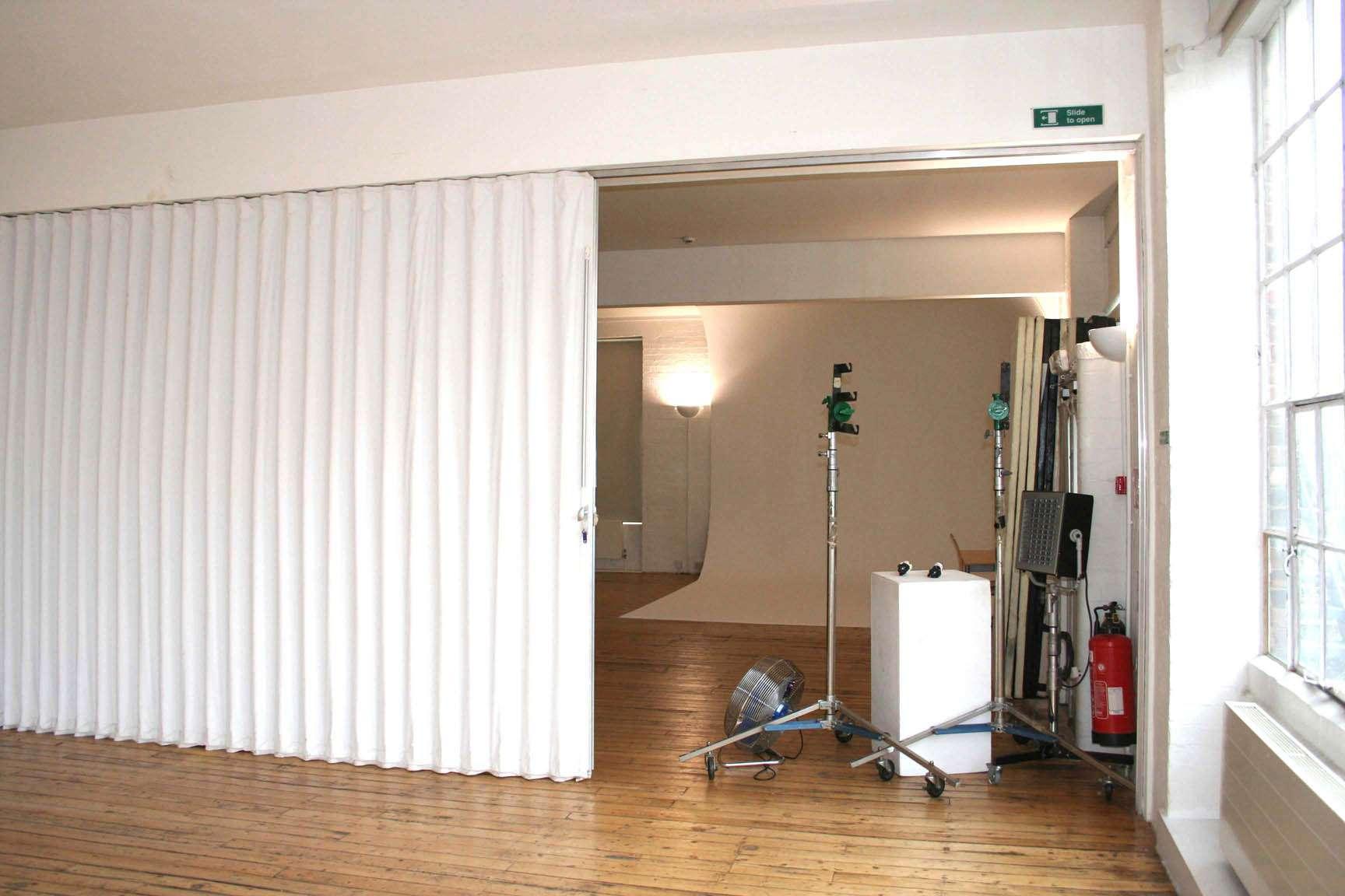 Folding Doors Dividers