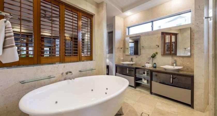 Four Australian Homes Tap Into Luxury Bathroom Trend
