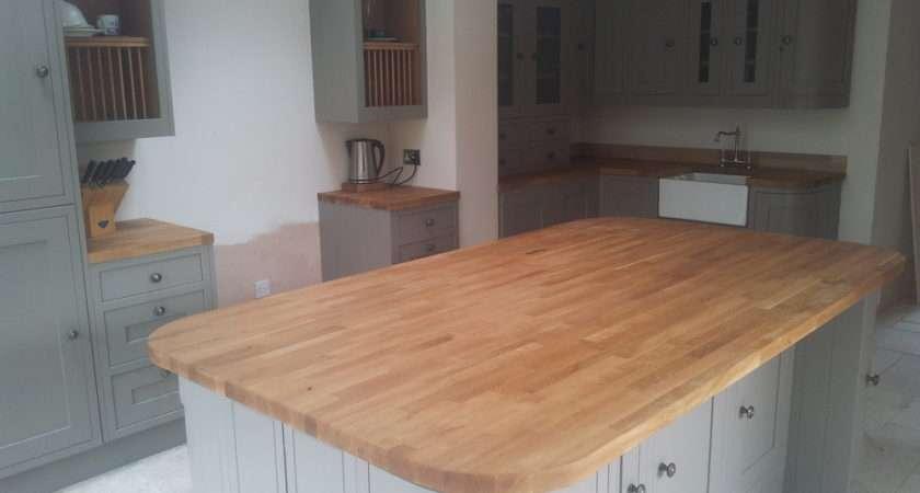 Frame Carlsbrooke Kitchen Solid Oak Worktops