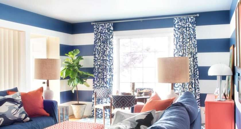 Friendly Pet Living Room Combines Style