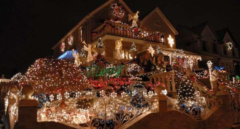 Funny Amazing Christmas Decorating Houses