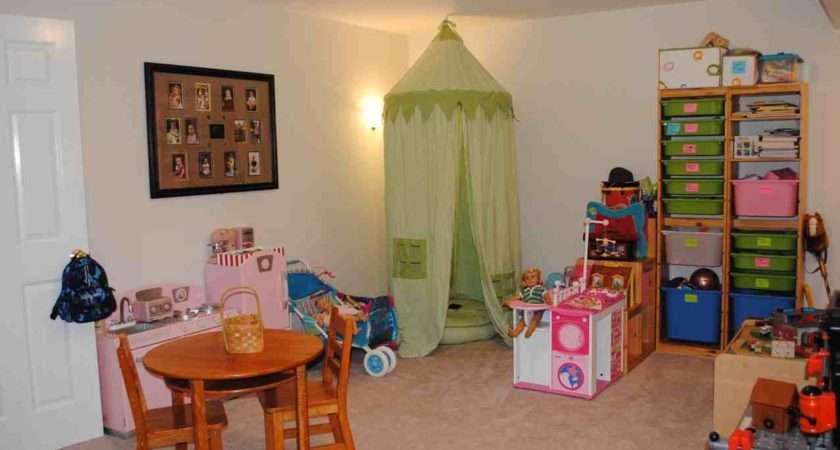 Furstnow Play Room Girl Side