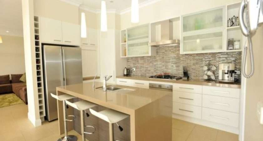 Galley Kitchen Design Using Frosted Glass