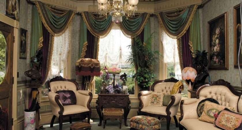 Get Dramatic Color Victorian Way Home Decor Ideas