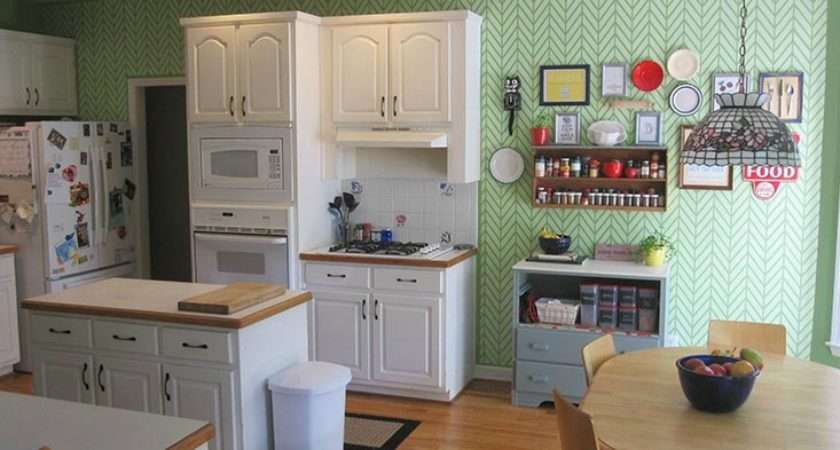 Get Ziggy Stencil Kitchen Feature Wall Paint Pattern