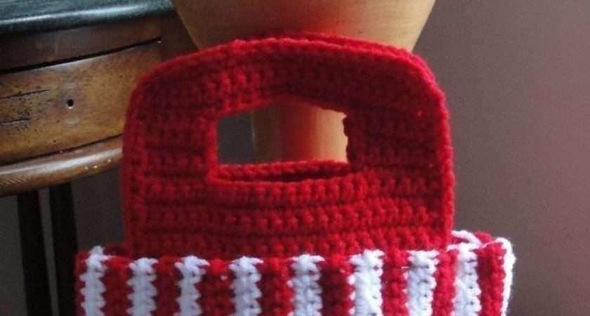 Girl Santa Purse Crochet Pattern Christmas Bag
