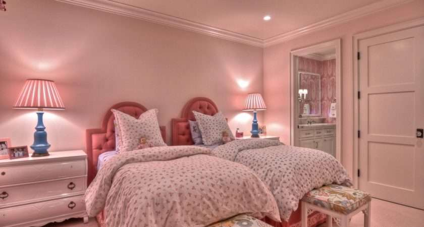 Girls Twin Bedroom Decoration Effect