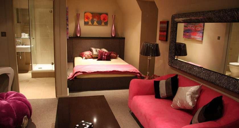 Girly Bedroom Interior Photos