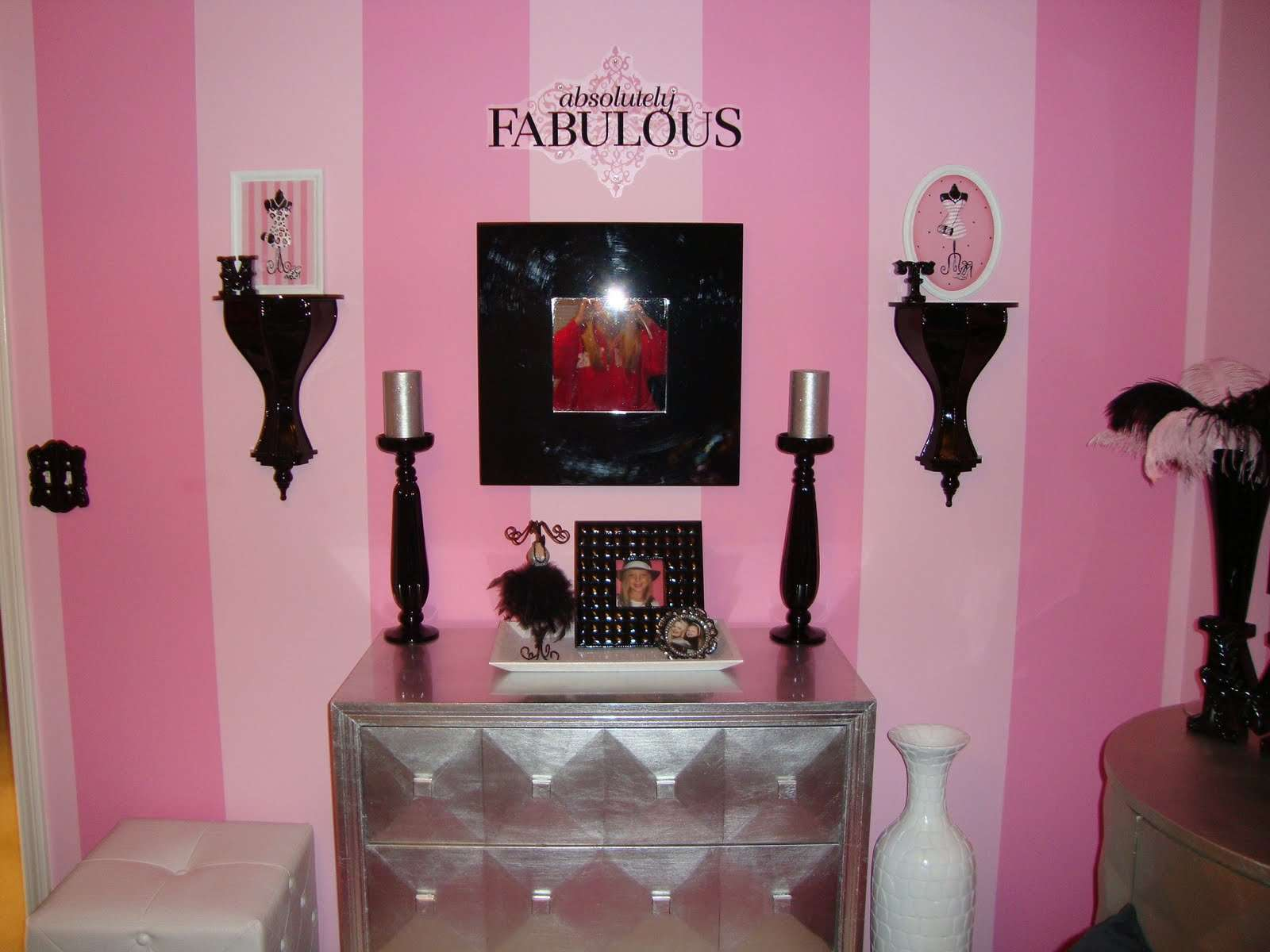 Glam Theme Pink Black White Silver Themed