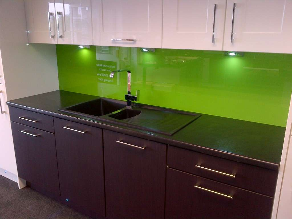 Glasskitchensplashbacks