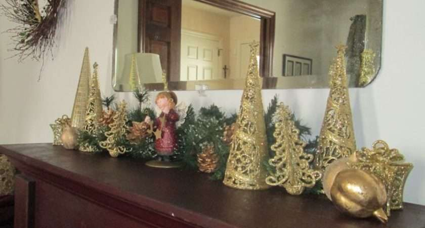 Golden Mantel Display Christmas Likes Ideas Pinterest