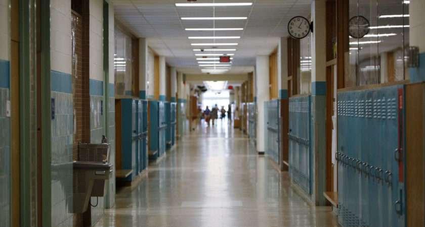 Gop Lawmakers Seek Gender Restrictions School Bathrooms Locker
