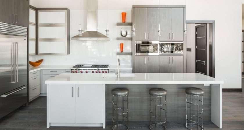 Gorgeous Grey White Kitchens Get Their Mix Right