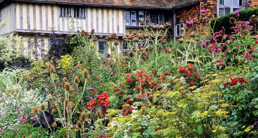 Great Dixter Gardens East Sussex England Densley