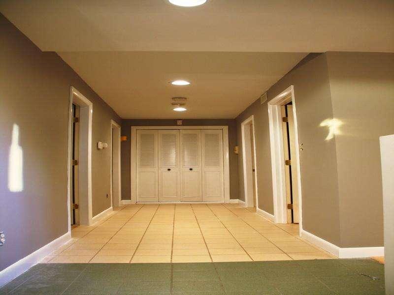 hallway paint color pictures