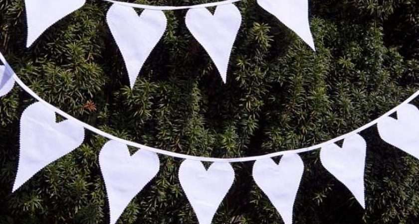Hang Your Wedding Bunting Partysuppliers