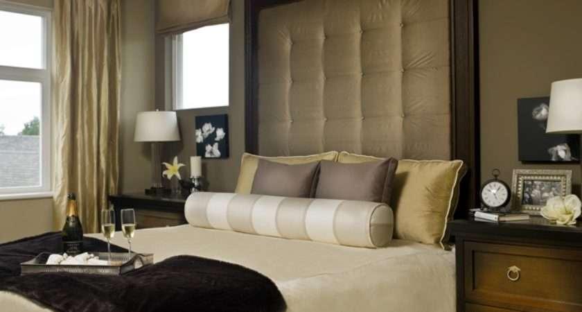 Hennessy Green Master Bedroom Polygon