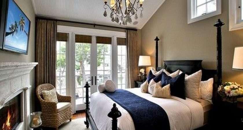 Hotel Bedroom White Brown Shams Girl Body Girls