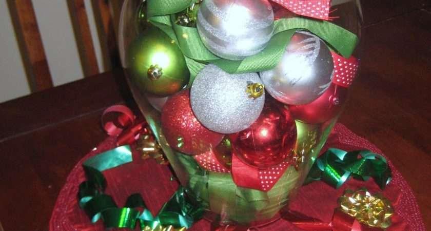 Ideas Christmas Centerpieces Green Red Balls