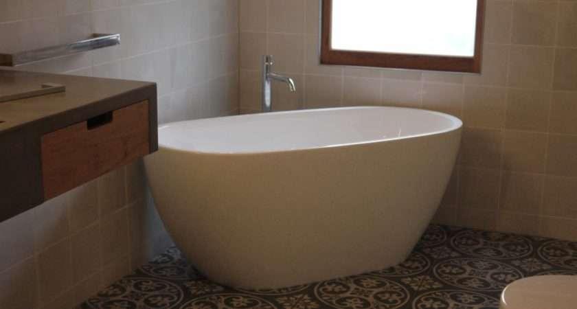 Installing Contemporary Wet Area Bathroom