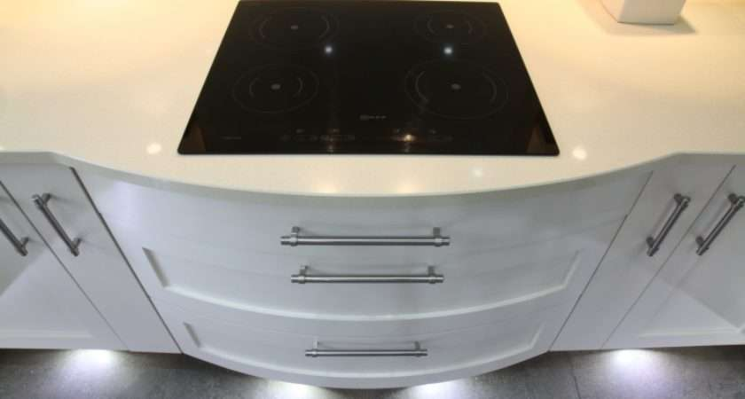 Integrated Induction Hob Curved Drawers