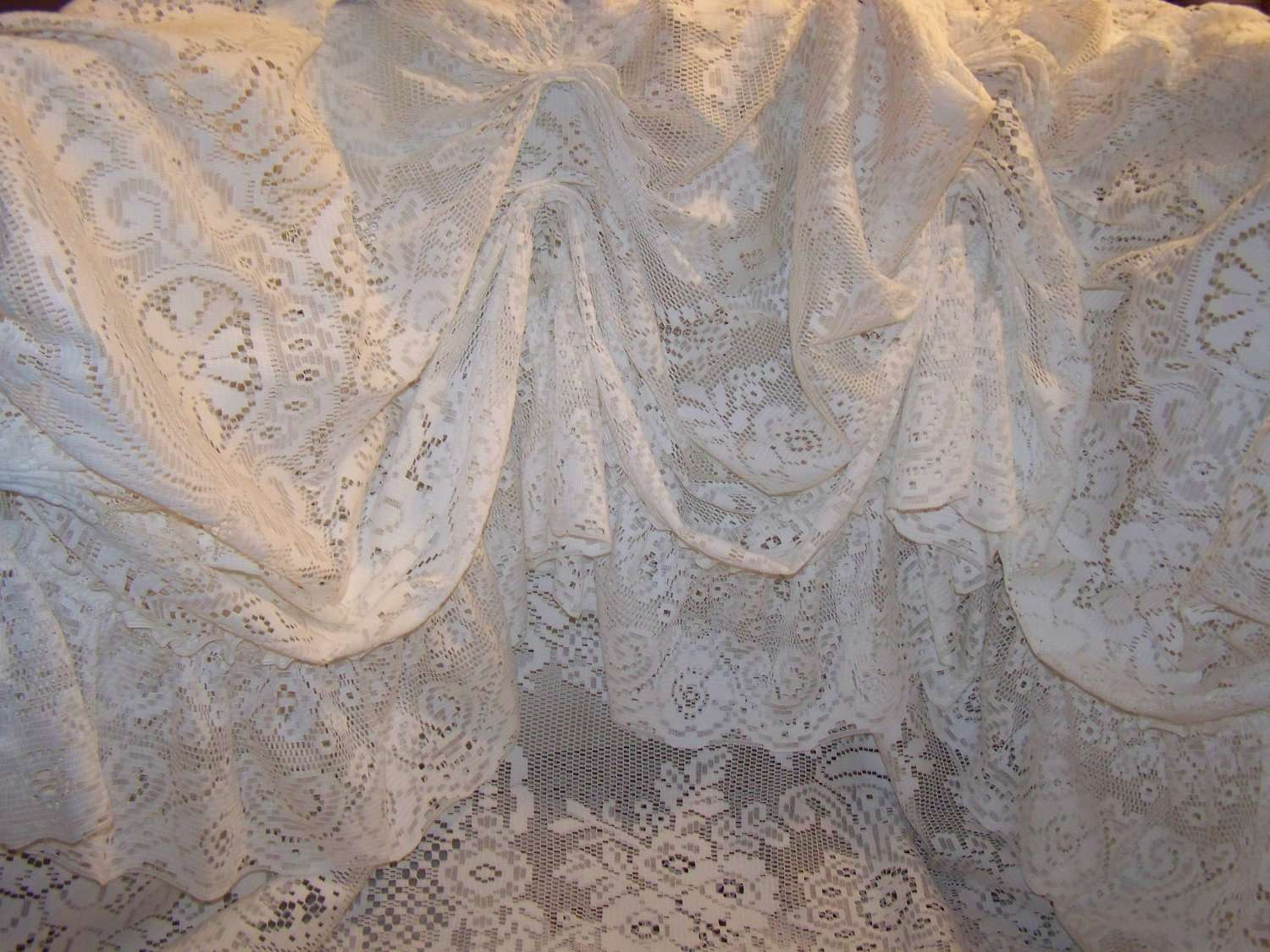 Ivory Vintage Lace Victorian Style Shower Mypicketfencecottage