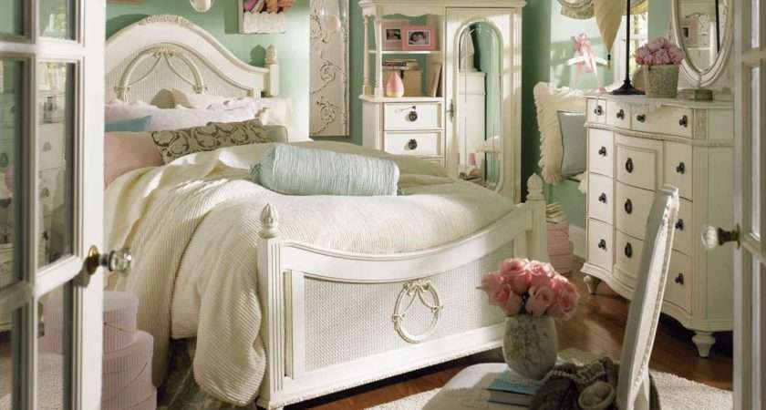 Just Cool Adventure Design Little Girls Bedroom