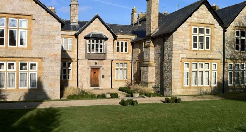 Kenegie Manor Court Holiday Apartment Grade Listed