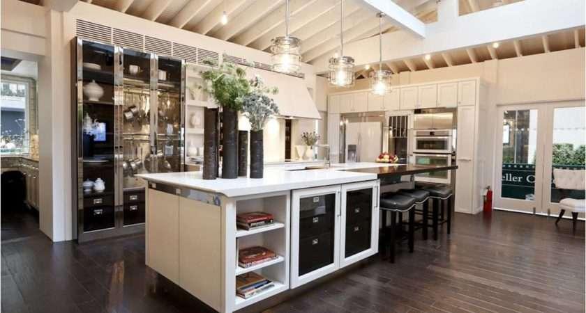 Key Interiors Shinay House Beautiful Kitchen