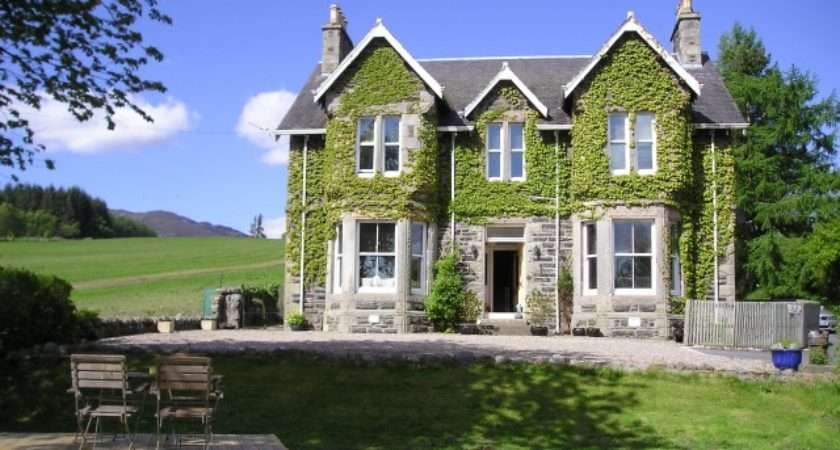 Kinnaird Country House Self Catering Cottage Hen