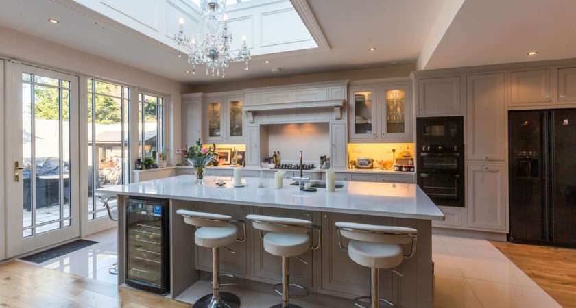 Kitchen Showroom Design Ideas
