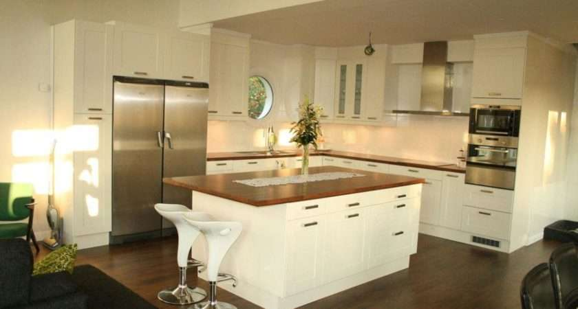 Kitchen Square Shape Island Design Ideas Seating Wooden
