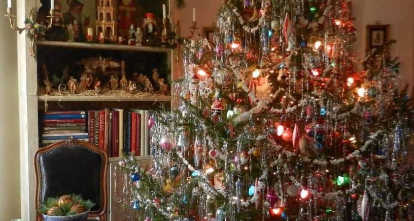 Knickerbocker Style Design Very Vintage Christmas