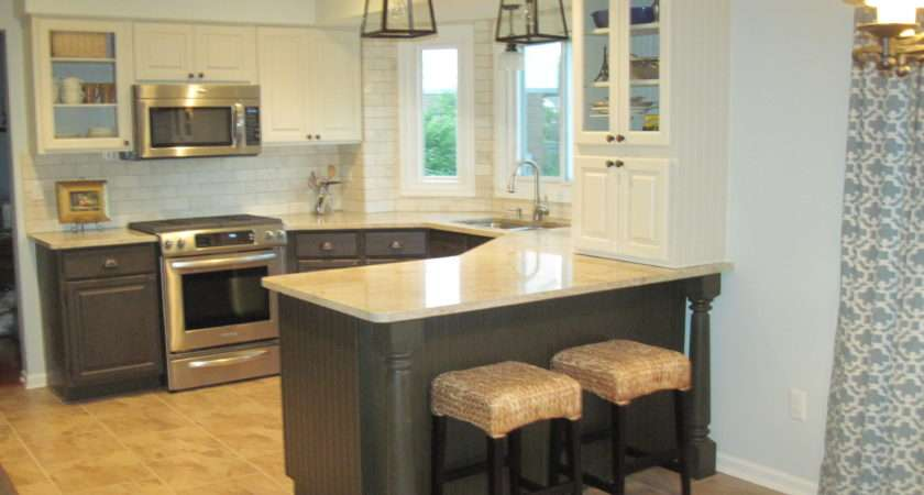 Leigh Updates Her Oak Kitchen Cabinets Caromal Paints