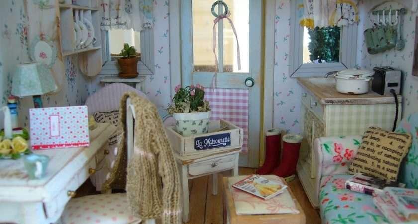 Linden Rose Miniatures New Cath Kidston Furniture