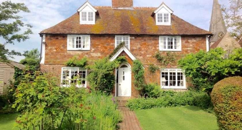 Listed Century Cottage Pretty Kentish Village