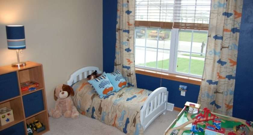 Little Boy Bedroom Decorating Ideas Blue Accent Wall Classic