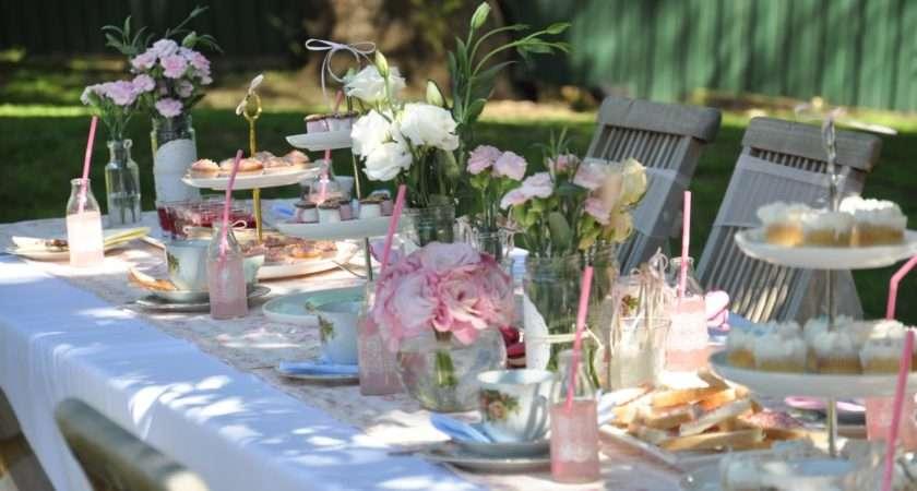 Little Sooti Real Parties Vintage Tea Garden Party